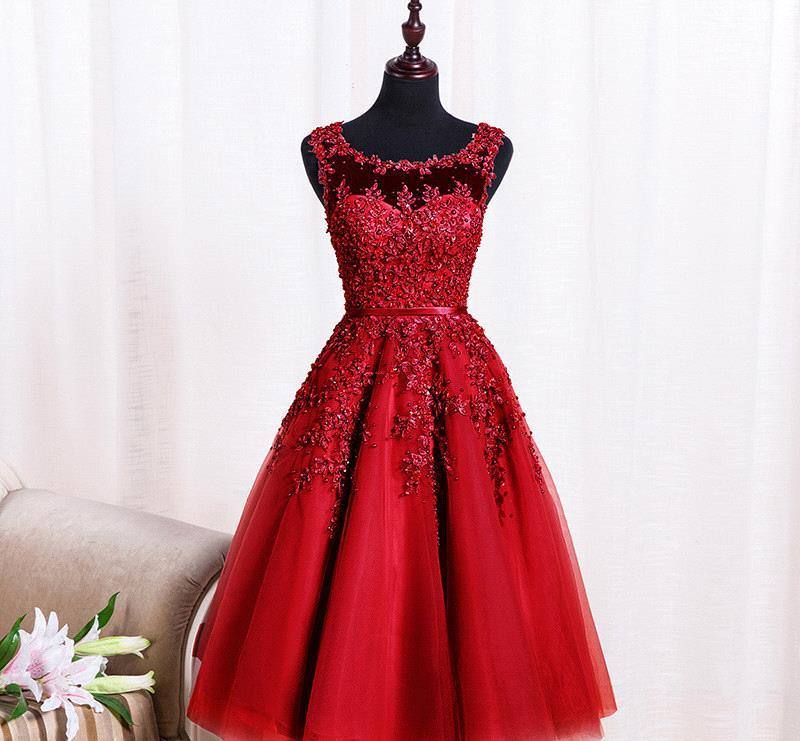 3ac36919b5 Wine Red Lace Appliques Short Prom Dresses Robe De Soiree Knee Length Party  Evening Dress