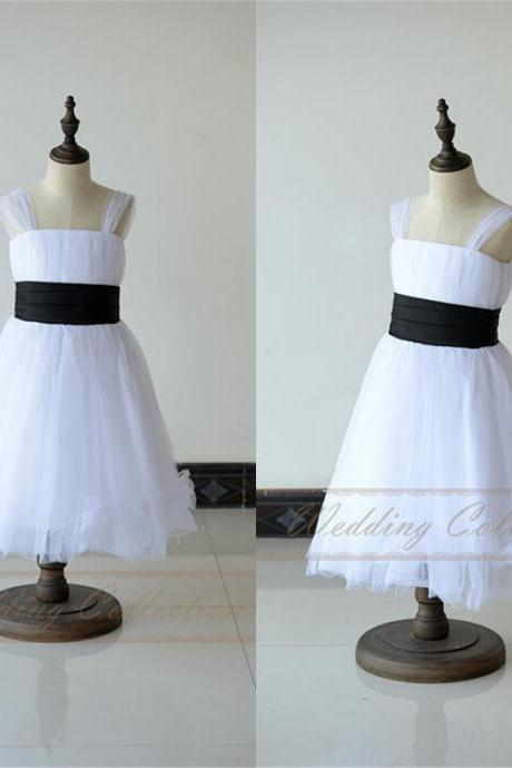Whiie Ivory Tulle Flower Girl Dresses with Feather Black Waistband Cap Sleeves W31