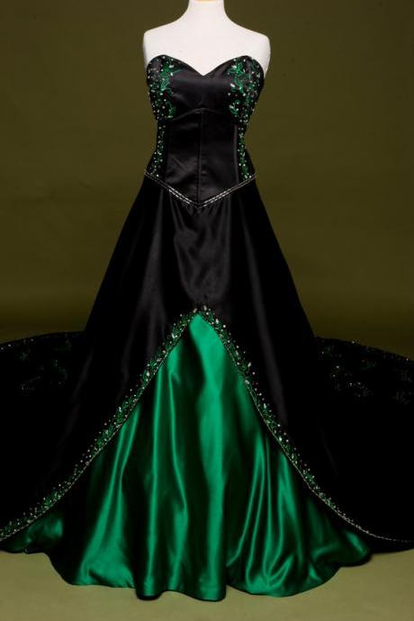 Gothic Victorian Black Wedding Dress with Green Embroidery Long Stain Bridal Gown Lace up Back Vestidos de Noiva C99