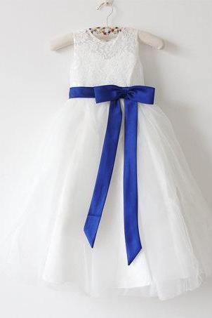 Light Ivory Flower Girl Dress Royal Blue Baby Girls Dress Lace Tulle Flower Girl Dress With Royal Blue Sash/Bows Sleeveless Floor-length D12